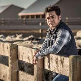 Canada Gold Lamb Farmer